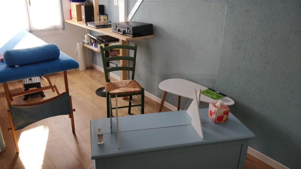 les-chemins-de-vie-photo-bureau-table-massage